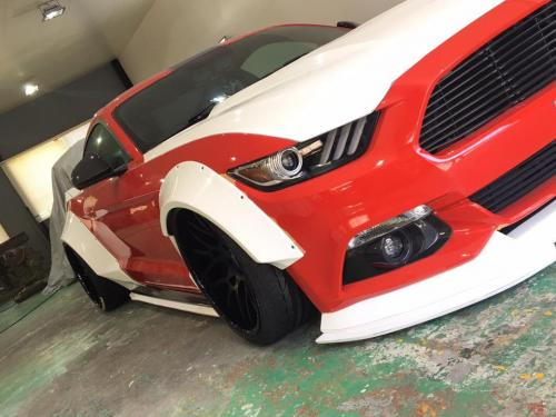 Ford-Mustang-Tuning-Liberty-Walk-Wide-Body-Kit-6