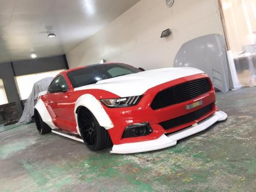 Ford-Mustang-Tuning-Liberty-Walk-Wide-Body-Kit-7