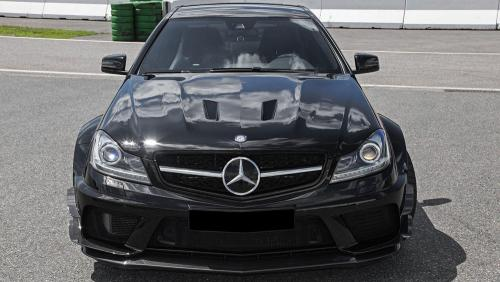 Inden-Design-Tuning-Firm-Makes-Its-Own-Mercedes-Benz-C63-Black-5