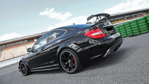 Inden-Design-Tuning-Firm-Makes-Its-Own-Mercedes-Benz-C63-Black-9