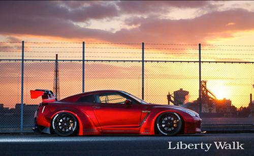 Nissan-GT-R-New-Body-Kit-Parts-Released-By-Liberty-Walk-10